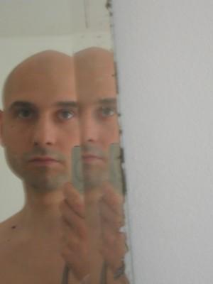 je m'appelle Igor Tourgueniev et je suis un personnage de fiction.